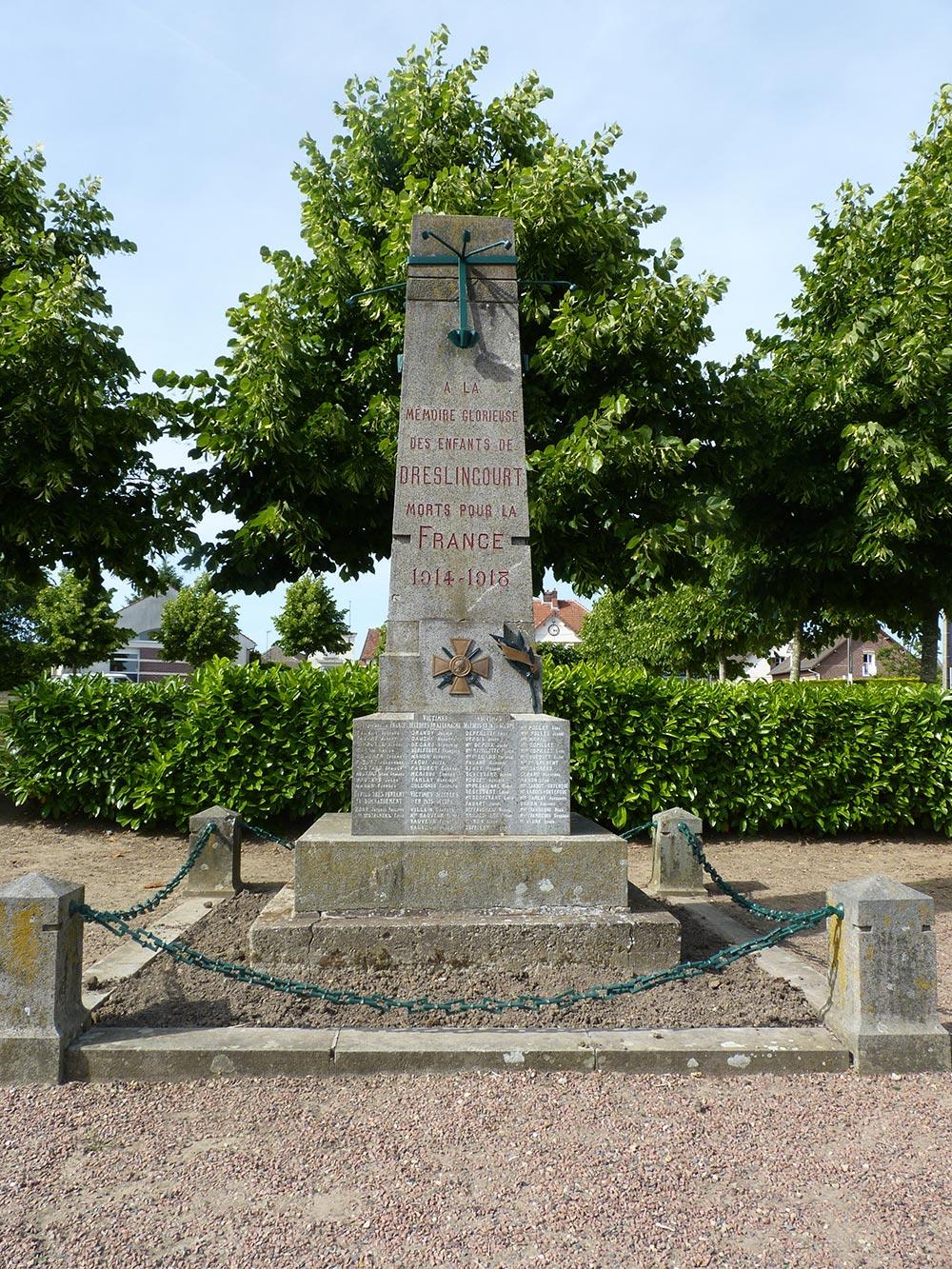 Le monument aux morts de Dreslincourt